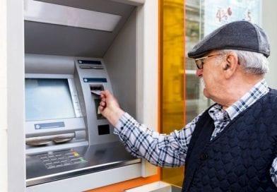 Kdo ima pravico do zagotovljene pokojnine v višini 500 evrov in kdaj jo bo dobil?