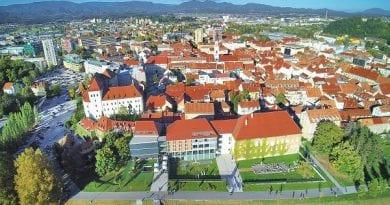 Župan Bojan Šrot je sprejel 66 najuspešnejših osnovnošolcev, Celje, Savinjska regija