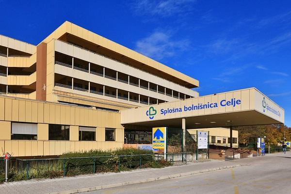 Kljub drugačnim napovedim je celjska bolnišnica paciente s koronavirusom začela sprejemati 16.9.2020