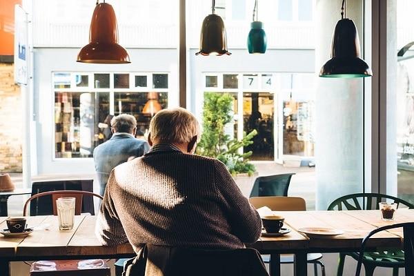 Upokojenec sp: kako je s prejemanjem pokojnine?