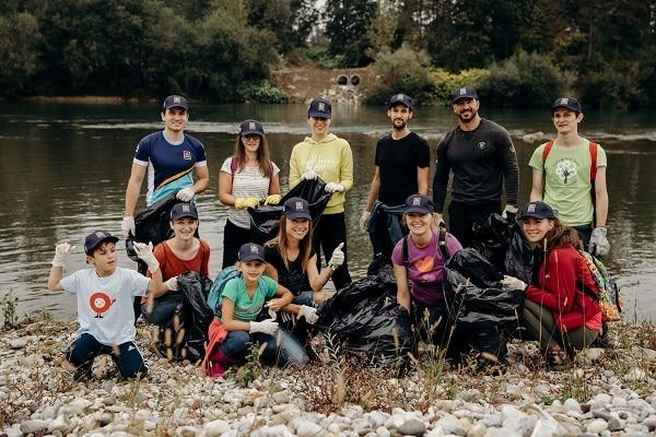 HOFER predal skoraj 13.000 evrov za čiščenje slovenskih voda